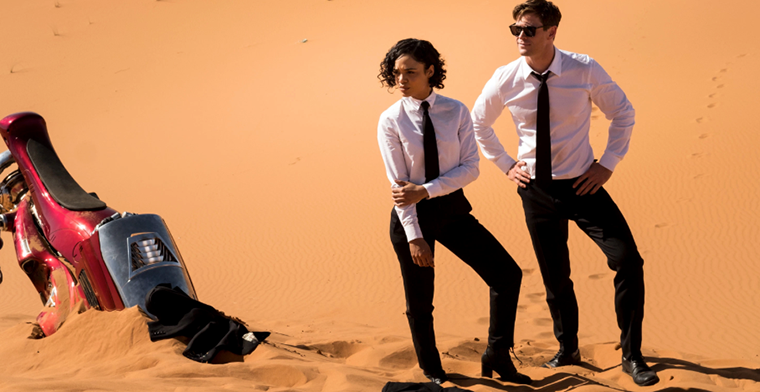 Chis Hemsworth and Tessa Thompson in Men in black