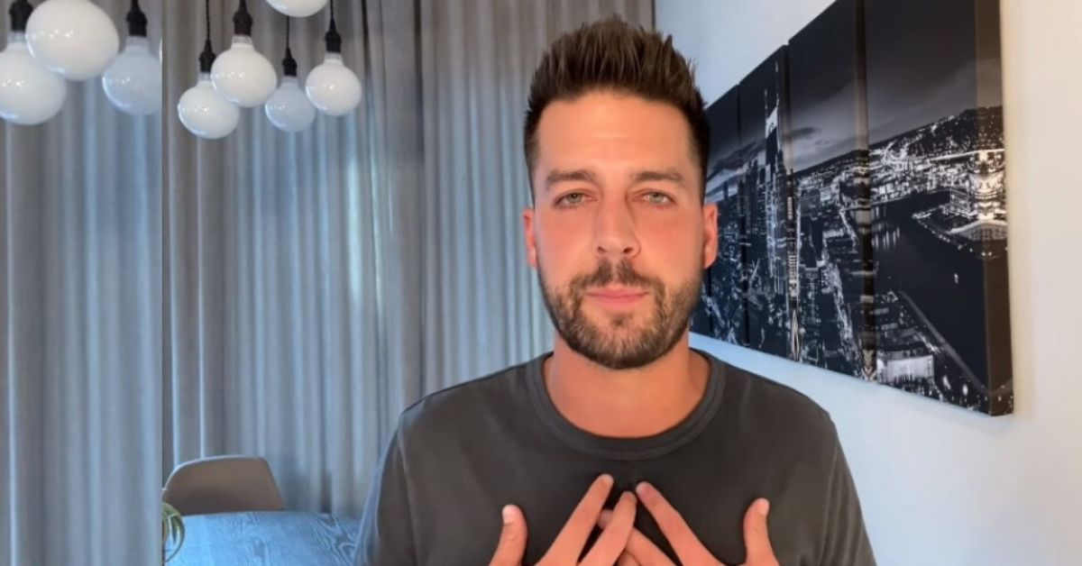 """I Had a Problem"" — Christian Comic John Crist Breaks Silence Over Sex Addiction and Sexual Harassment"